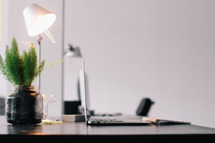 refurbished kantoormeubelen